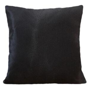 Jednobarevný povlak černé barvy