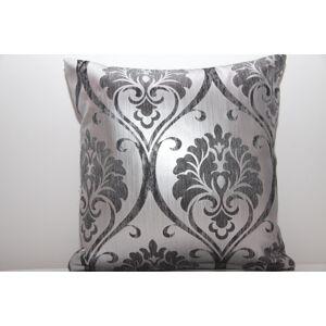 Stříbrný luxusní povlak na polštář s ornamenty šedé barvy k přehozu